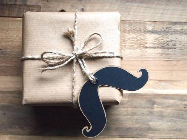 original_moustache-gift-tag
