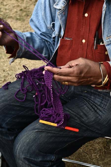 the-hands-that-make-magic-erroll-demonstrating-ply-plit-braiding-technique-at-a-workshop